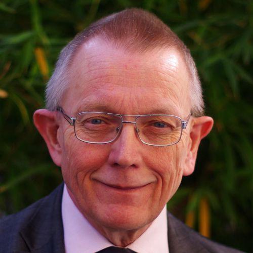 Dr. Lars Elffors